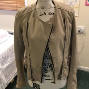 BLANK NYC beige pleather jacket Sz xs